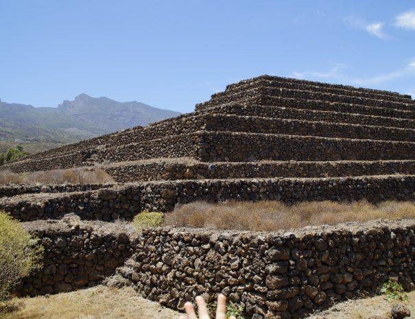 Pyramids of Guitar