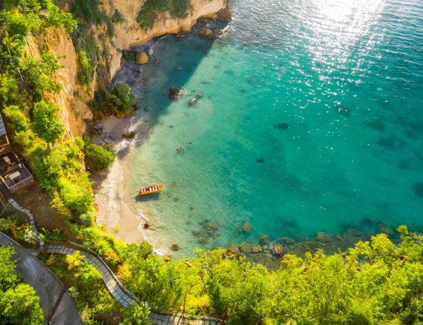 Dominica-secretbeach